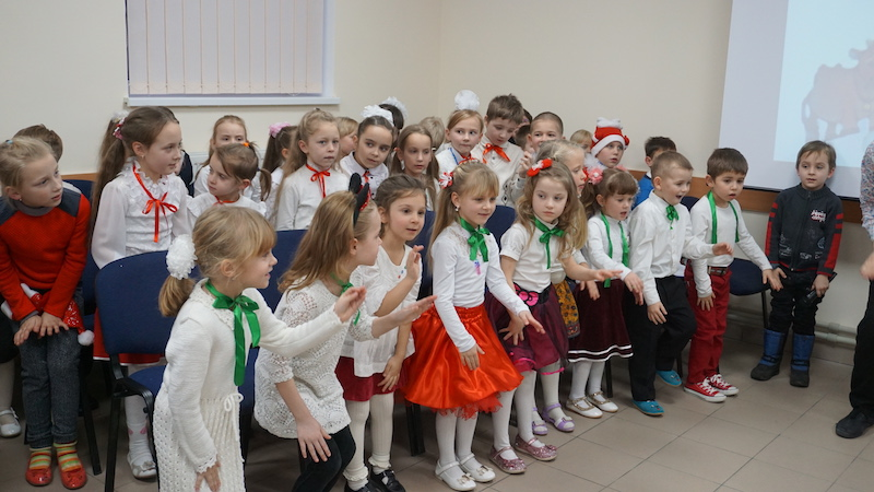 ТНЦ УСПІХ_20.12.16_Новорічна зустріч_молодші групи (16)